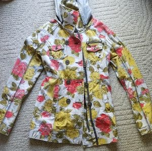 Jackets & Blazers - Gorgeous floral hooded jean coat